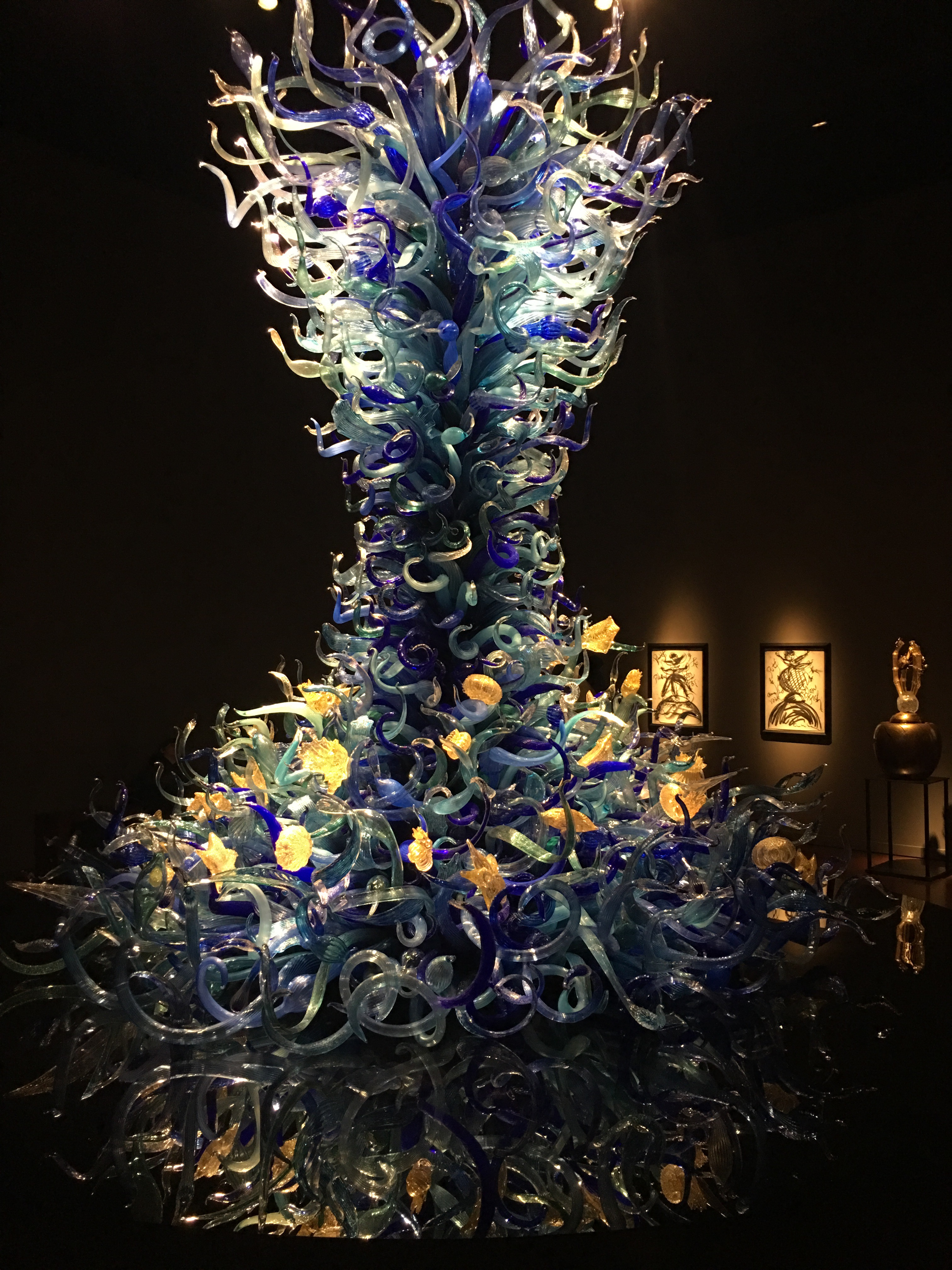 A huge tower of tangled blue glass from the Sealife exhibit.